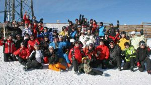 2012 Gruppenbild vom Skitest mit Raimo auf dem Tiefenbachgletscher